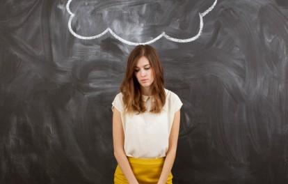Formas para frenar esa voz crítica que tienes sobre ti mismo