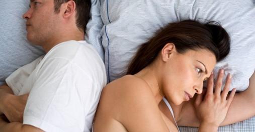 Cómo afrontar que tu pareja tenga menos deseos sexuales que tú